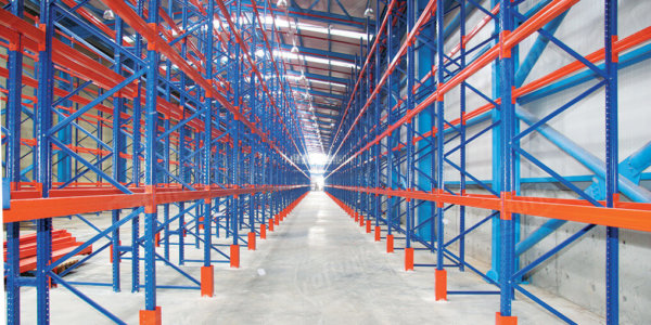 Opt for Warehouse Storage Systems to Solve Your Storage Problems